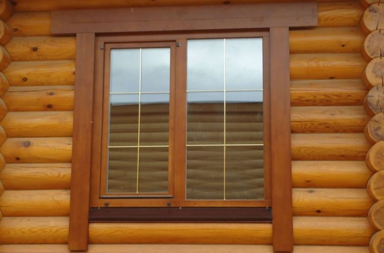 Простые наличники на окна в деревянном доме